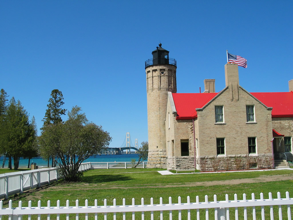 Old Mackinac Point Lighthouse Park - Michigan Water Trails