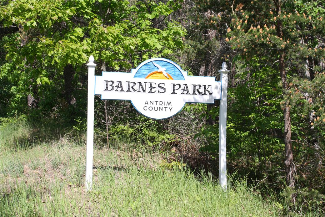 Barnes County Park Water Access - Michigan Water Trails