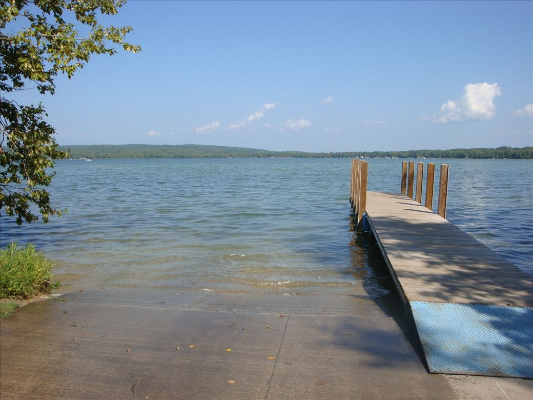 Artesian Road - Pickerel Lake - Michigan Water Trails