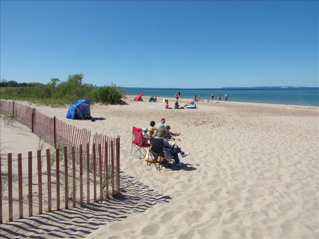 Glen haven beach access michigan water trails for Glen haven